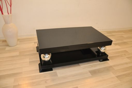 Art Deco Coffeetable, galvanized chromefeet, highgloss/black, great design