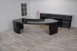 Bauhaus CEO desk , USA 1950, highgloss black, leatherplate, exceptional form, great body