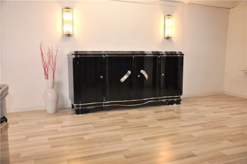 highgloss pianolacquer, massive chromehandles, 4 curved doors, Belgium 1929, plenty of storage space