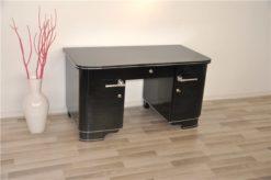 Art Deco desk, elegant and timeless Design, high quality pianolacqer, chrome decorations, france 1930s