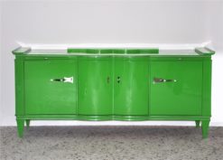 Art Deco Sideboard, highglosslacquer in poison green ,interior in highgloss black, 14 applied layers of paint, wonderful straight body