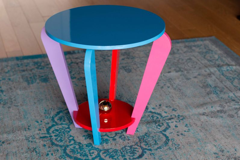 La table ronde by margarethe schreinemakers limited for Table ronde la redoute