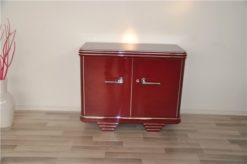 magnificently colored commode, bordeaux paintjob with unique elegance , chromelines, chromefittings, glasplate