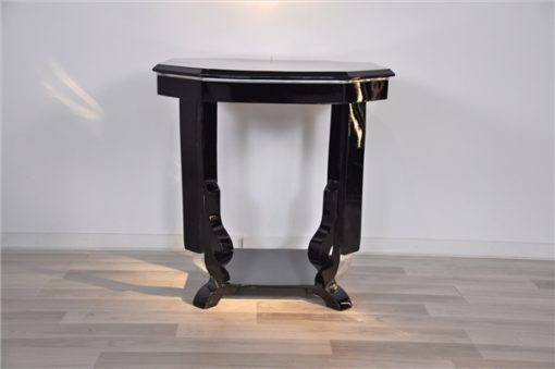 Art Deco Sidetable, unique Design, Germany 1930, beautiful feet, highgloss black