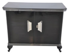 Art Deco Commode, highglossblack pianolacquer,fine chrome details and big chrome handles, clean interior, 1925