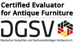 Evaluator for antique Furniture