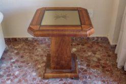 Art Deco, side table, mirrored table top, square walnut foot, unique grain, interiordesign, furnituredesign, eight corners, luxurious
