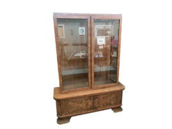 Display cabinet, unrestored, brown, great foot, veneer, antique, living room, elegant, pattern, luxury, large, stable, pattern, walnut
