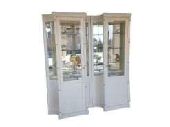 illuminated, display, cabinet, vitrine, white, two, towers, doors, glass, wood, storage, space, old-white, brushed, pattern