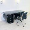 High_gloss_black_design_desk_4
