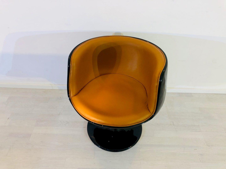 Vintage 1960s Design Armchair in Black Cognac, Chiar, Design Chair, Furniture, Luxury Furniture, Leather, Cognac Color, High Gloss Furniture