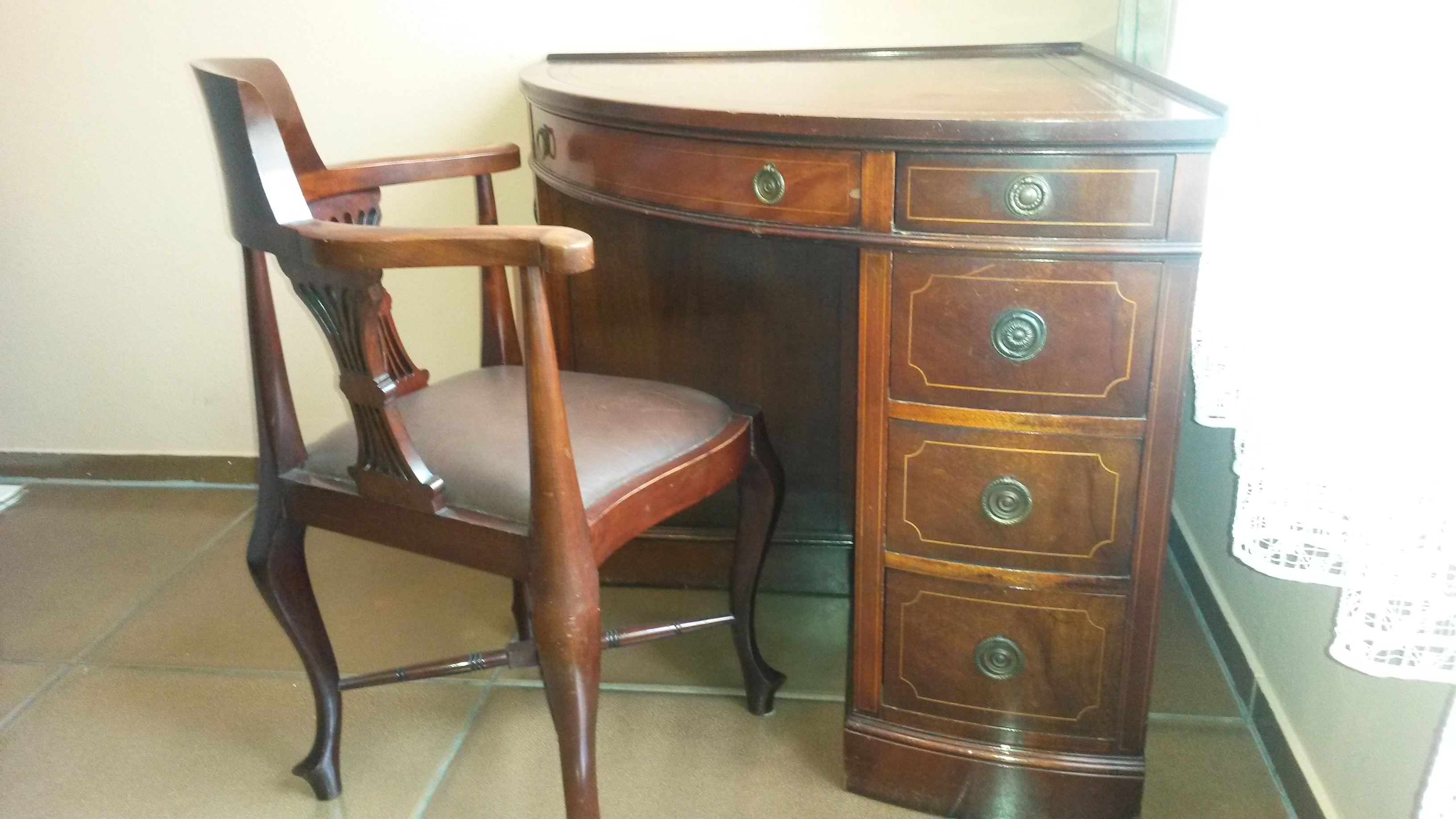 Craft Corner Desk With Leather Top