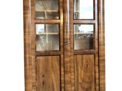 Original Biedermeier Bookcase or Display Cabinet Made of Walnut Wood, Biedermeier Bookcase, Biedermeier Display Carbinet, Walnut Wood, Original Antique
