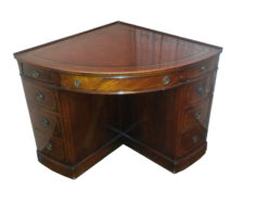 Arts and Craft Corner Desk with Leather Top, Mahogany Wood, Brass Handles, Antiques, British, Tables, Furniture, Gründerzeit, Design
