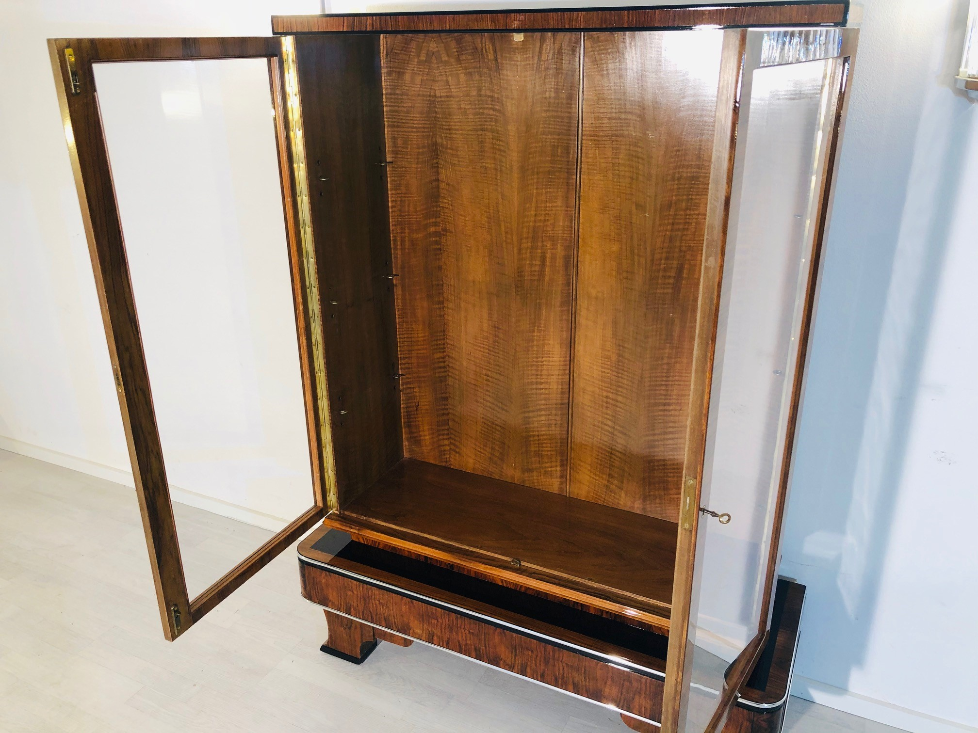 1930s Art Deco Walnut Vitrine Cabinet Original Antique Furniture
