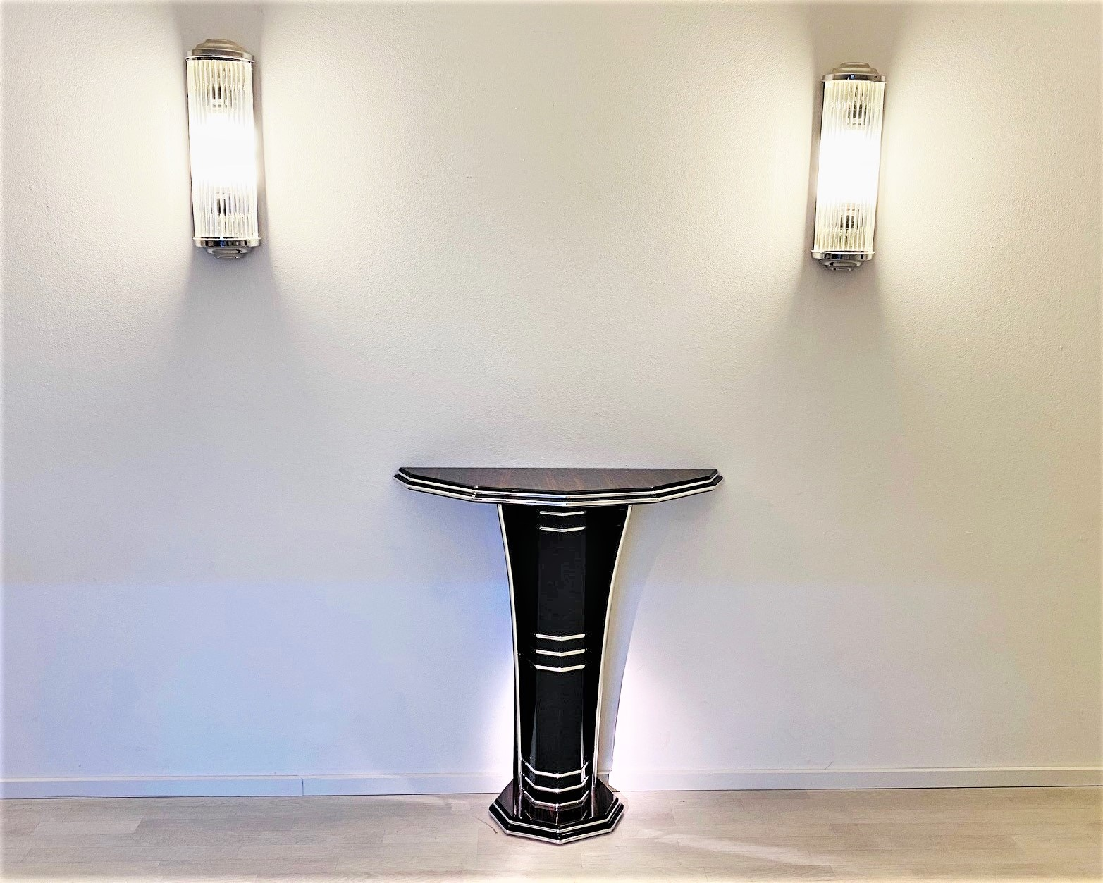 Modern Art Deco Style Console Table With Macassar Wood Original Antique Furniture