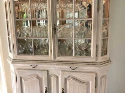 Display Cabinet, Made Of Solid Oak Wood, With Lithing