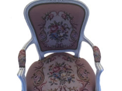 Early-/Mid-Victorian Drawing Room Chair