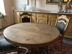 Round Dining Room Oakwood Table With 4 Matching Chairs