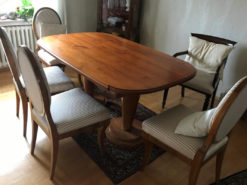Dining Room Set: Oval Extendable Table With 4 Chairs