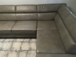 Black Leather Corner Couch, 4-6 People