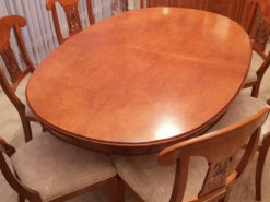 Oval Dining Table, Extendable, Solid Wood, Chairs